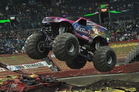 monster truck show columbus ohio columbus monster jam photos