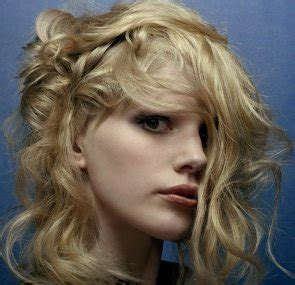 saks hairstyles gallery a medium blonde hairstyle from the saks collection no 3918