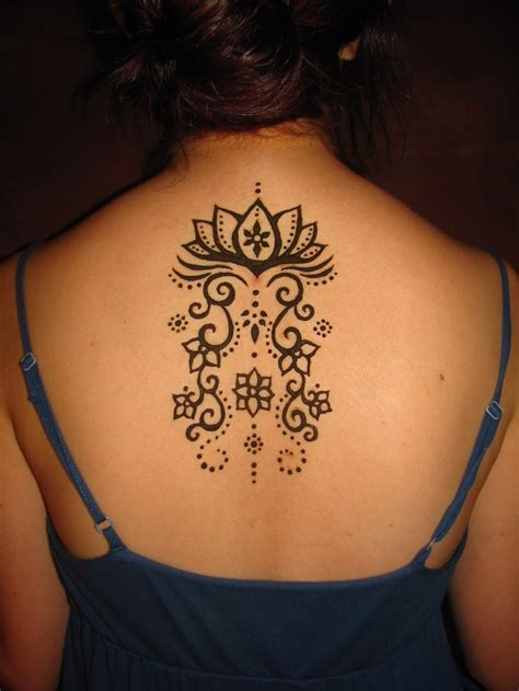 henna tattoo in back 171 best images about henna designs on