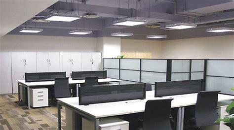 impianto illuminazione led arredo da ufficio come scegliere la giusta lada a led