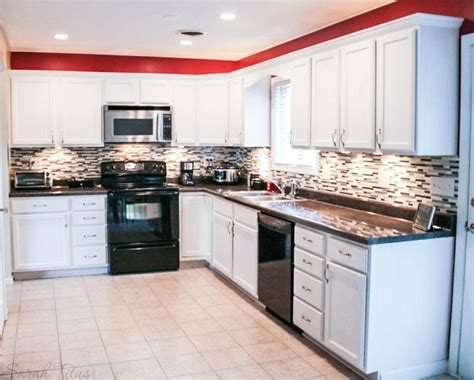 contractor grade kitchen cabinets 17 best images about decor kitchen on pinterest bistro