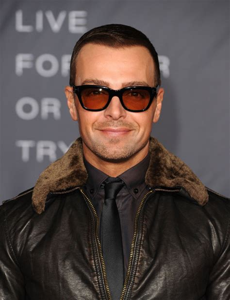 joey lawrence comb over haircut joey lawrence joey lawrence pictures premiere of regency