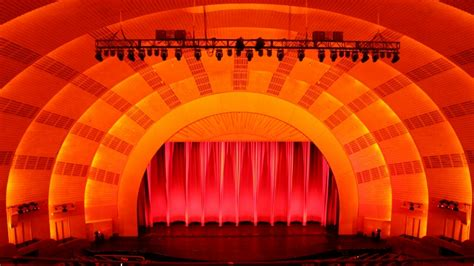 the radio city stage door tour gray line new york