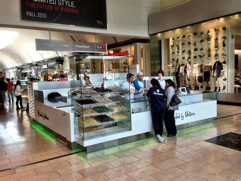 Garden State Mall Converse Store Baked By Garden State Plaza Now Open Boozy Burbs
