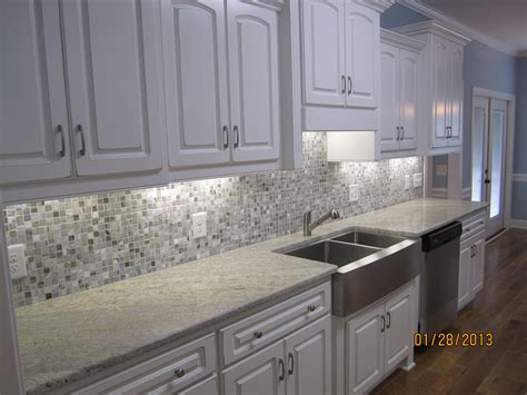 Kitchen Cabinets And Granite Countertops by Image Result For Cabinets Grey Glass Backsplash Grey