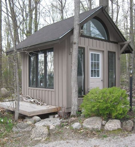 Small Home Movement Canada 25 Best Ideas About Tiny Houses Canada On