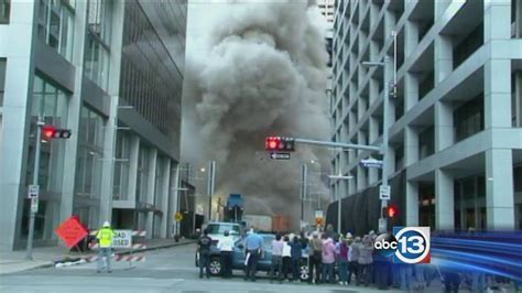 Macy S Furniture Houston by Downtown Houston Macy S Store Imploded Abc13