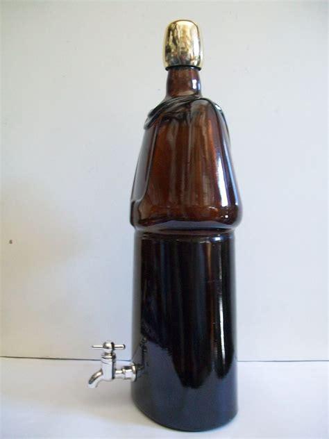 bottiglia con rubinetto bottiglia metafisica con rubinetto enotecnica albese