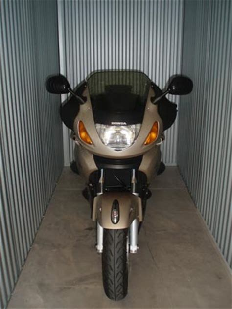 Motorcycle Dealers Around Me by Can I Put A Motorcycle In Storage Best Storage Units