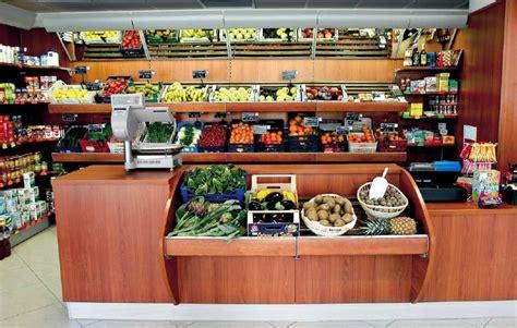 banchi frutta banchi negozi alimentari frutta verdura ricevitoria vetrina