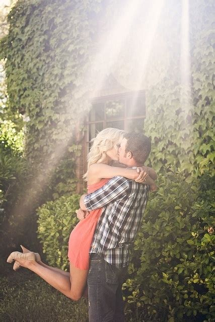 7 Gorgeous Couples by 7 Lift Me Up 76 Gorgeous Poses To Inspire Your