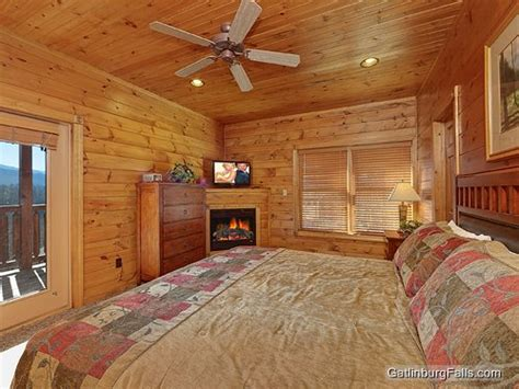 gatlinburg cabins 1 bedroom gatlinburg cabin best views and movies 1 bedroom