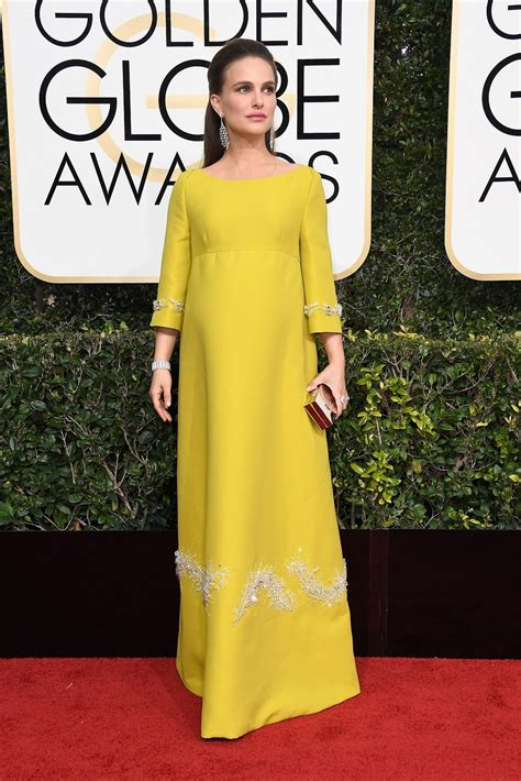 Top 5 At Golden Globes Award Show by 5 Who Stole The Style Show At The 2017 Golden Globes