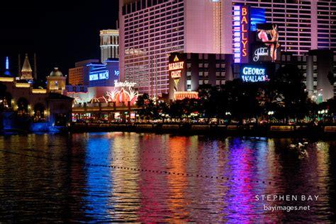 water light in vegas photo lights from las vegas boulevard reflecting onto