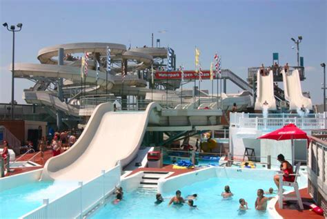 boat rentals near wildwood nj 20 signs you spent your summers in ocean city new jersey
