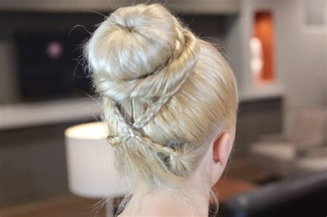 updo hairstyles with donut updo hairstyles donut behairstyles com