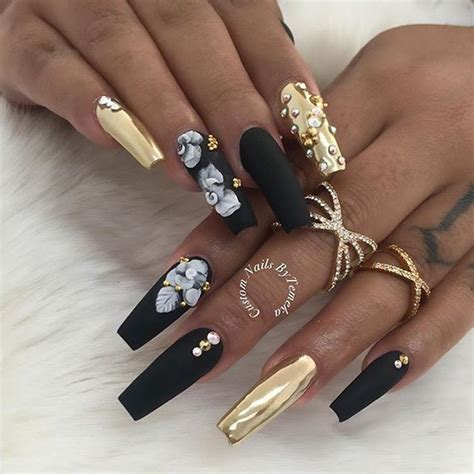 gold nail design me my nails i 25 best ideas about gold acrylic nails on pinterest