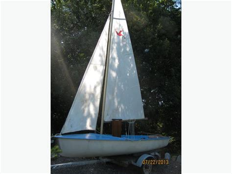sailing boat kolibri kolibri sailing dinghy outside nanaimo parksville