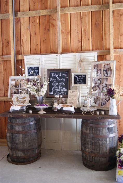 chic rustic wedding bride and groom table decoration ideas