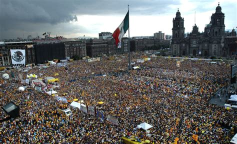 imagenes de multitudes orando 171 en olor de multitud 187 mejor que 171 en loor de multitud