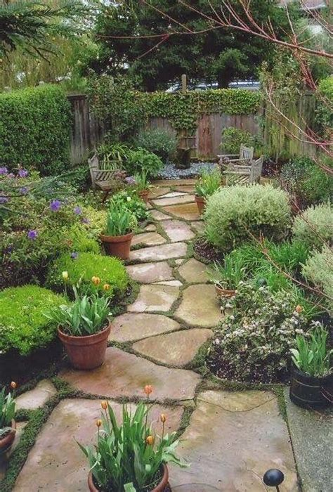 Cheap Ideas For Garden Paths 25 Best Ideas About Flagstone Path On Pinterest Walkways Front Walkway Landscaping And