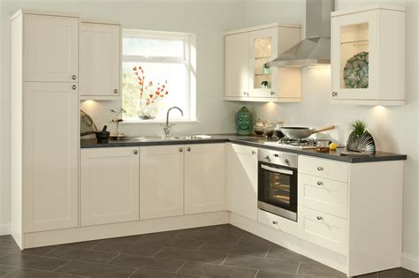 simple white kitchen cabinets quality kitchens magnet kitchen howdens kitchen fitters