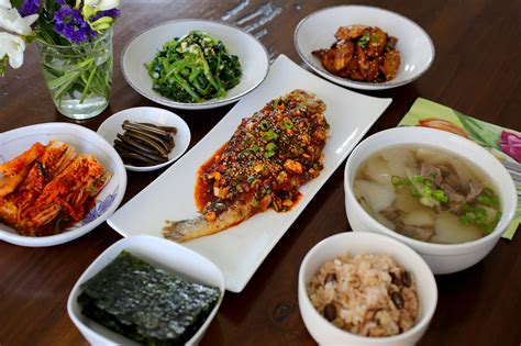 a typical korean homestyle table setting maangchi