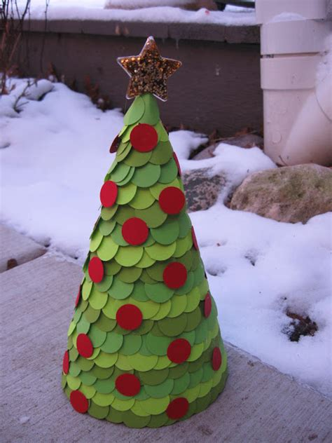 craft klatch 174 paper covered cone christmas tree craft