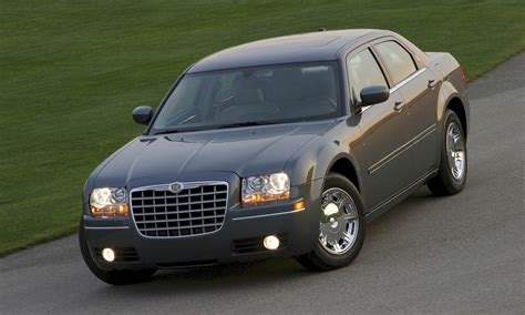 Chrysler 300 Pictures by Chrysler 300 Wallpapers Images Photos Pictures Backgrounds