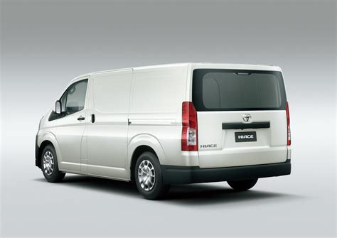 Toyota Hiace 2020 Japan by New Toyota Hiace Introduced In The Philippines Autoevolution