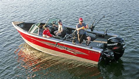 boat big enough to live on lund boats new 2275 baron fishing sport show