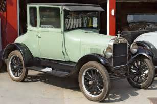 1926 ford model t coupe light green front angle