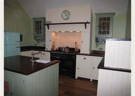 images  irish kitchens  pinterest traditional kitchen   cottages