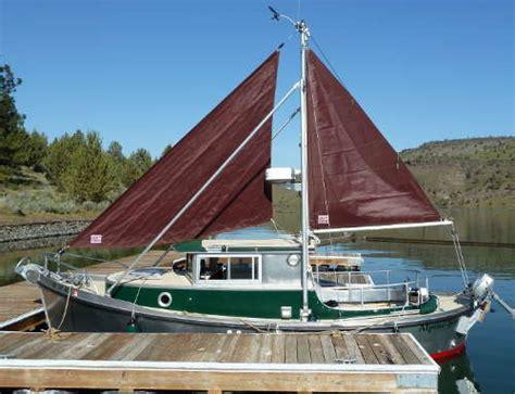 small displacement motor boat garden bay 23 full displacement trailerable motor boat