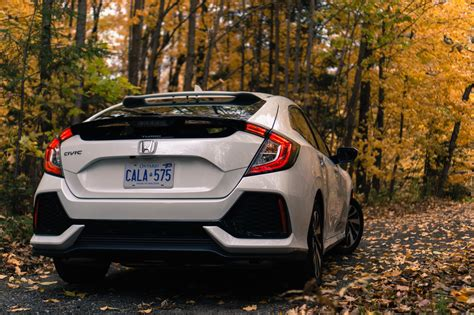 review  honda civic hatchback canadian auto review