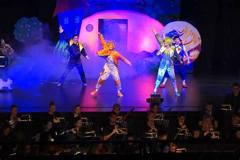 Kleine Oper Bad Homburg Max Und Moritz by Erfrischender Streifzug Durch Die Musikgeschichte Mit Max