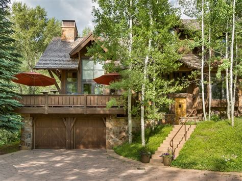 Classic Mountain Family Home Just Minutes f    VRBO