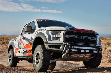 truck ford 2017 2017 ford f 150 raptor to go desert racing