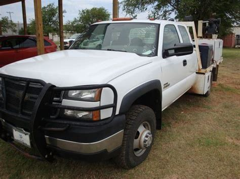 sell used 2006 chevy silverado work truck ext cab longbed tow 55k texas direct auto in stafford find used 2006 chevy 3500 extended cab 6 6l v8 turbo diesel work truck in oklahoma city