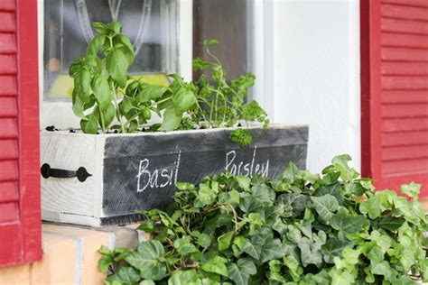 herb boxes diy herb box live simply