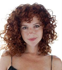 chinbhairs and biob hair 1000 ideas about curly bangs on pinterest curly hair
