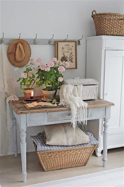 cottage shabby chic 25 best ideas about country interiors on home
