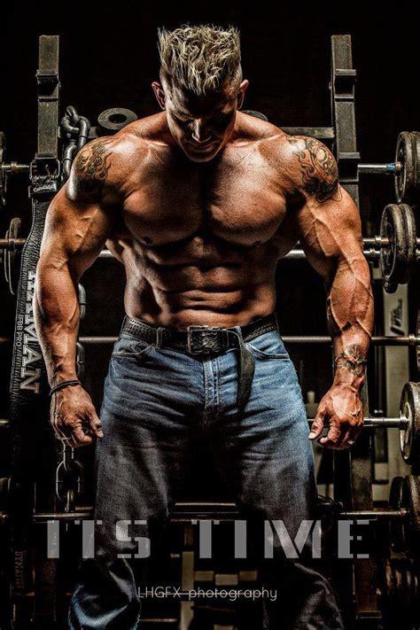 bodybuilder tattoo bodybuilding bodybuilding tattoo body art pinterest