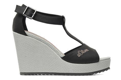 Juara Oliver S Sandal Platform Heel 5cm s oliver tania sandals in black at sarenza co uk 178995