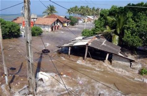 buy house in france asia tsunami kills 15 500 rush to find bodies