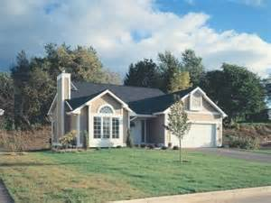 Small Traditional House Plans by Traditional House Plans The House Plan Shop