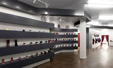 ny sneaker stores 10 coolest sneaker stores of new york you need to visit