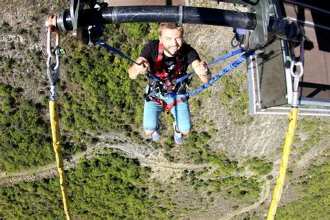 biggest swing in the world new zealand nevis swing info picture of the nevis swing world s