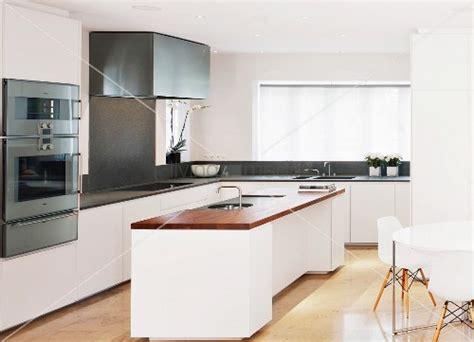 kaufen kitchen island free standing kitchen island in designer kitchen bild