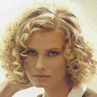 hairstyles for short hair yahoo good hair cut for curly hair i have frizzy curly thick